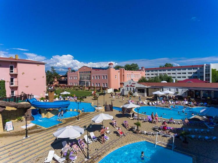 Отель «Alean Family Resort & SPA Riviera: бассейны