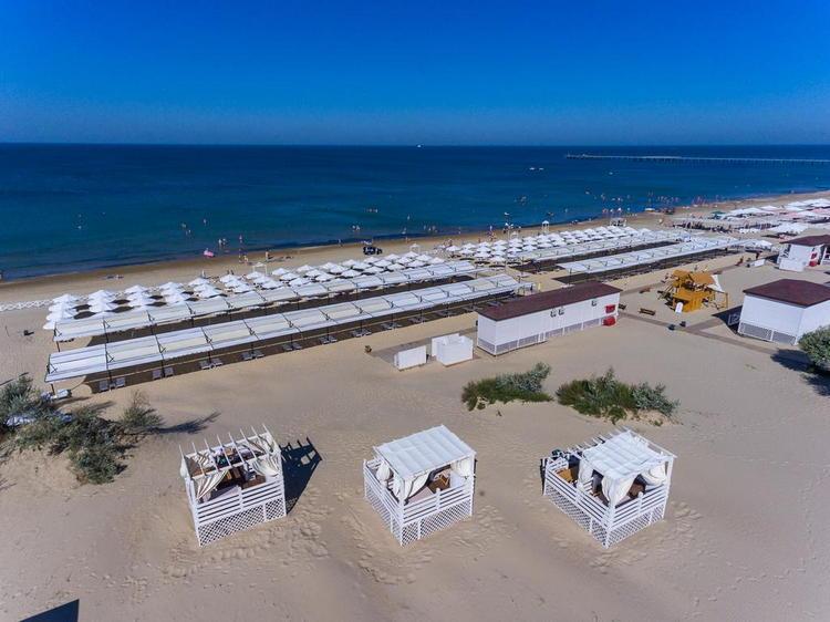 Отель «Alean Family Resort & SPA Riviera: пляж