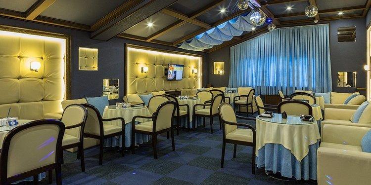 Alean Family Resort & SPA Doville 5*»: ресторан